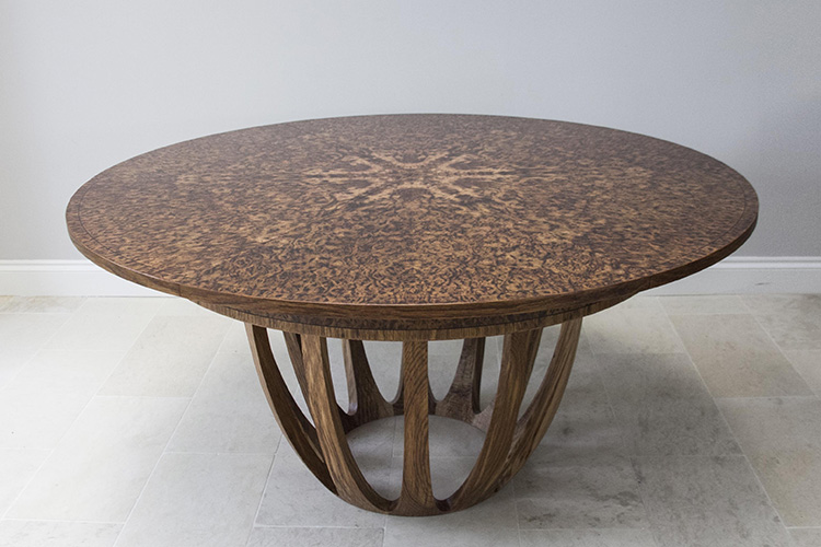 Brown oak expanding dining table 01.jpg