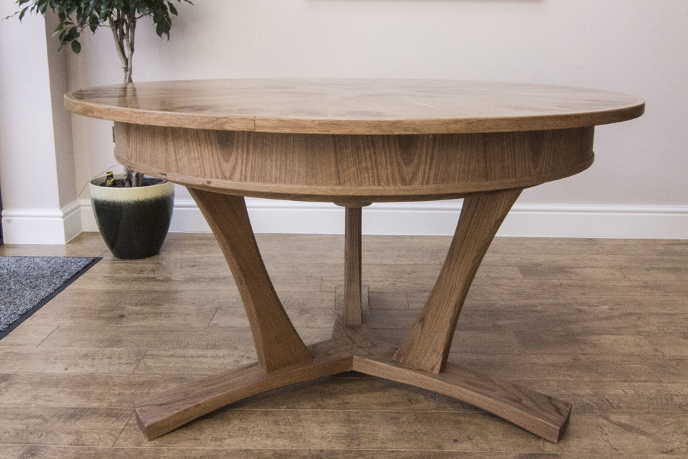 Pippy oak table 03.jpg