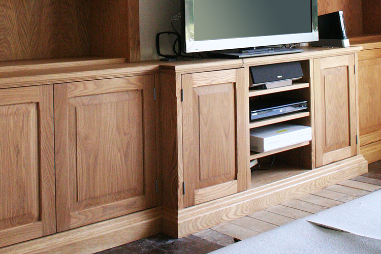 Fitted Alcove units in Oak