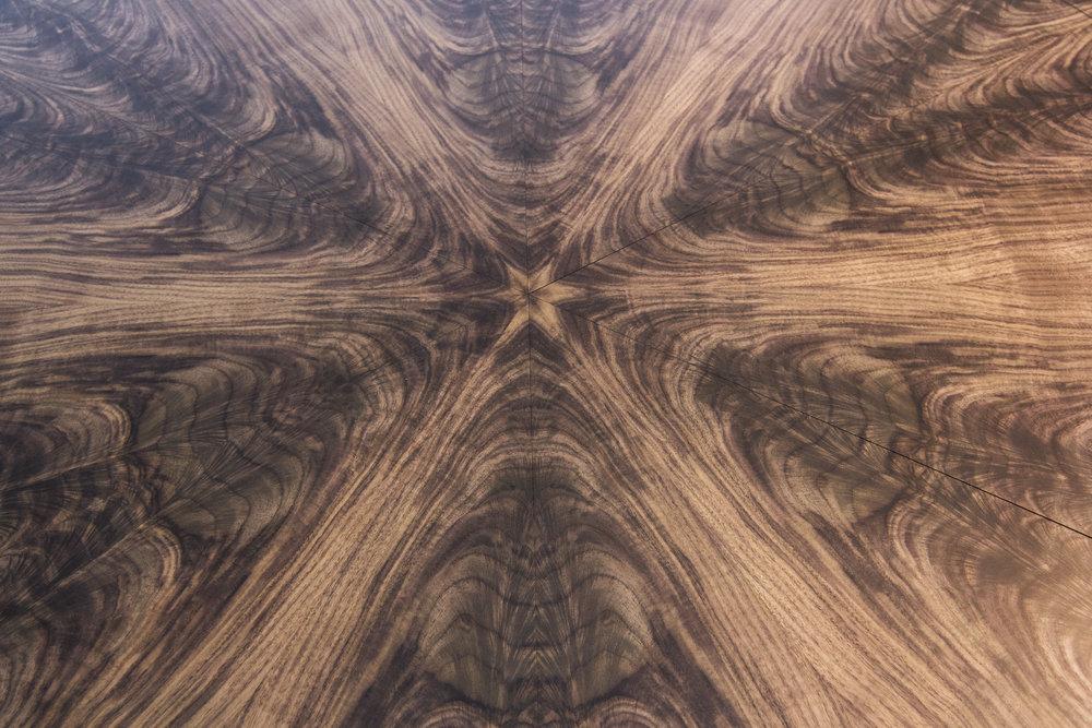 Walnut table 1.6m 07.jpg