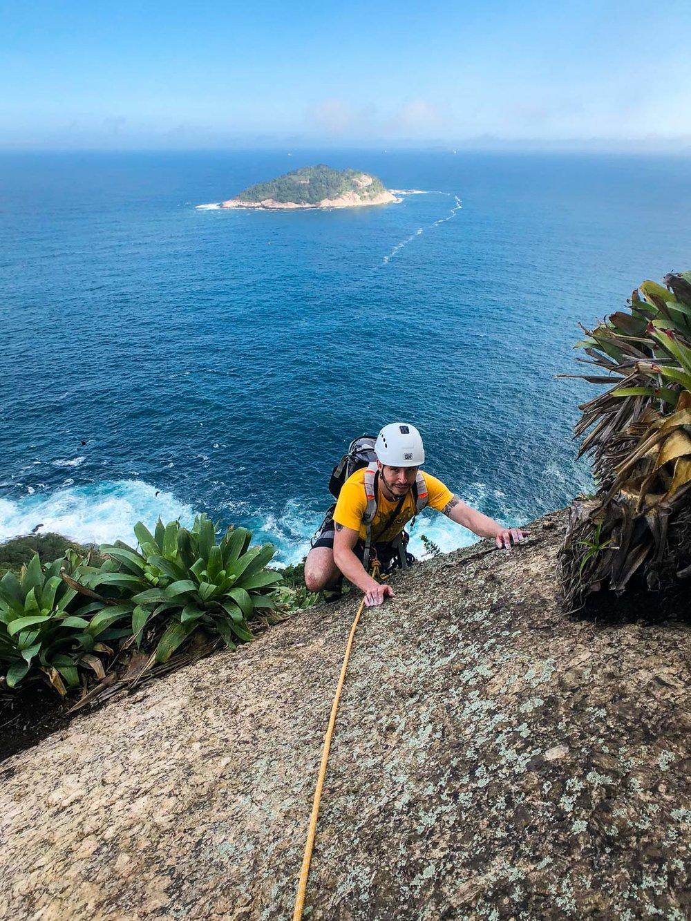 rock_climbing_course_rio_de_janeiro.jpg