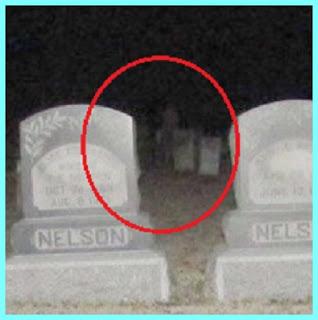 Graveyard walker4.jpg