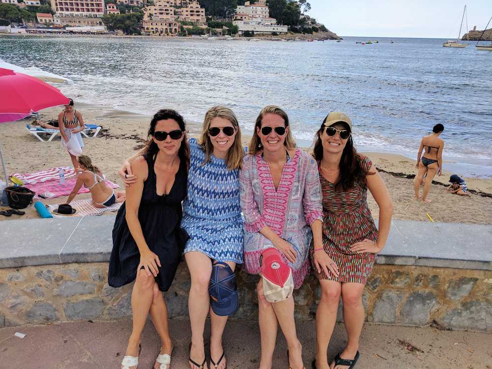 Formmates from 1995 (l. to r.) Emma Bernbach Carter, Olivia Nottebohm, Amy Steel Vanden-Eykel, and Lindsey Duca, celebrated their 40th birthdays in Mallorca, Spain.