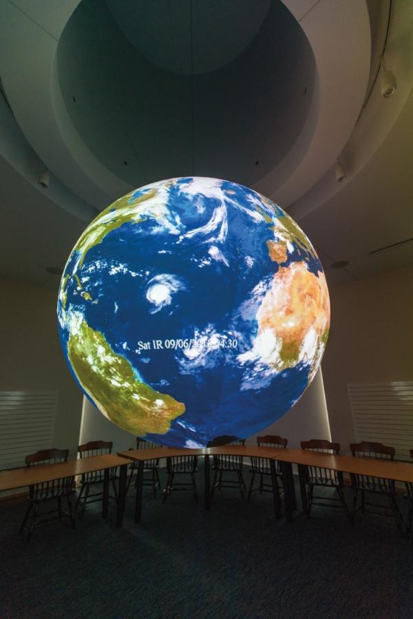 2018_Science_On_A_Sphere_DThomson-14.jpg