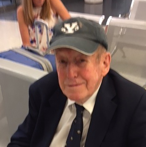 Ken Burt '49 waiting for a train on his way to his 65th reunion at Yale.