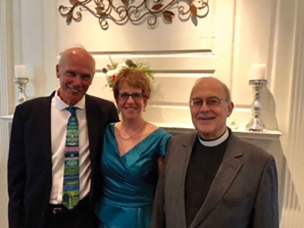 Richard Schade '62 (l.) married Julia Malkin (c.) in a ceremony officiated by Rev. Richard Cassius Lee Webb '63 (r.).