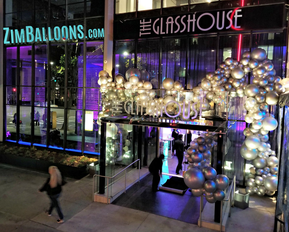 Zim Balloons -Glass House Huge Balloon Installation SF.jpg