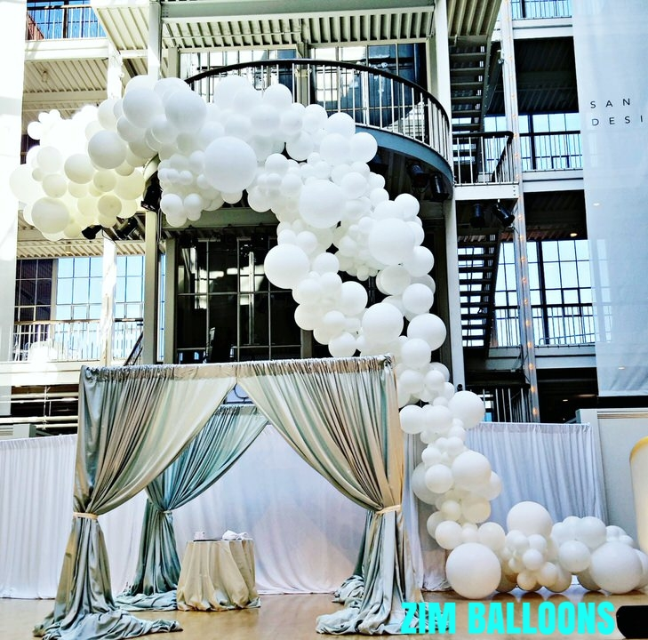 Wedding Balloon Garland San Francisco Bay Area.jpg