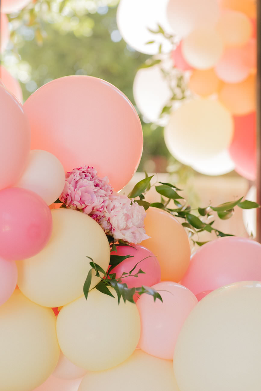 Napa Wedding Balloons - Zim Balloon Sculpture.jpg
