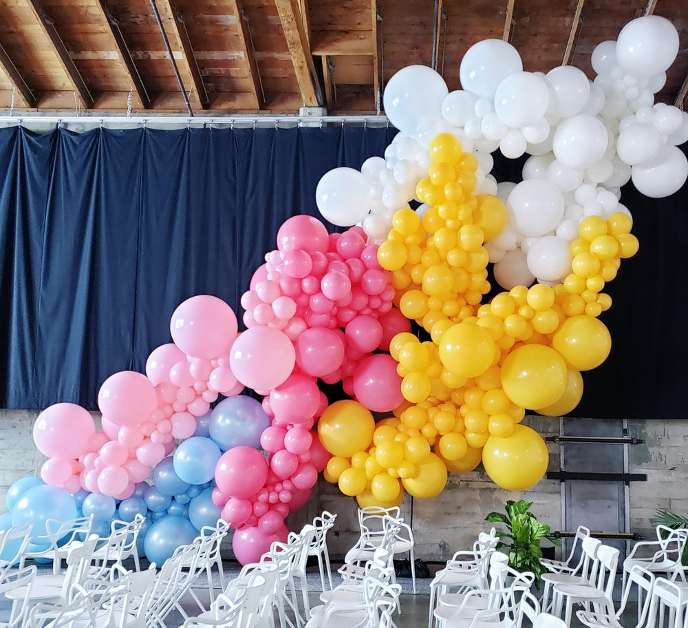 Giant Balloon Installation - Unicorn Jetpack Event Decor San Francisco - Zim Balloons.jpg