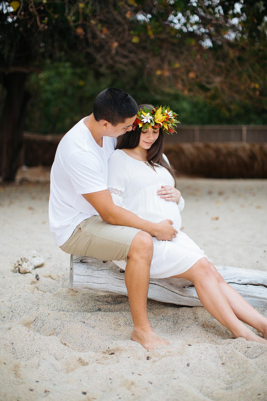 Waialea Beach Maternity Session