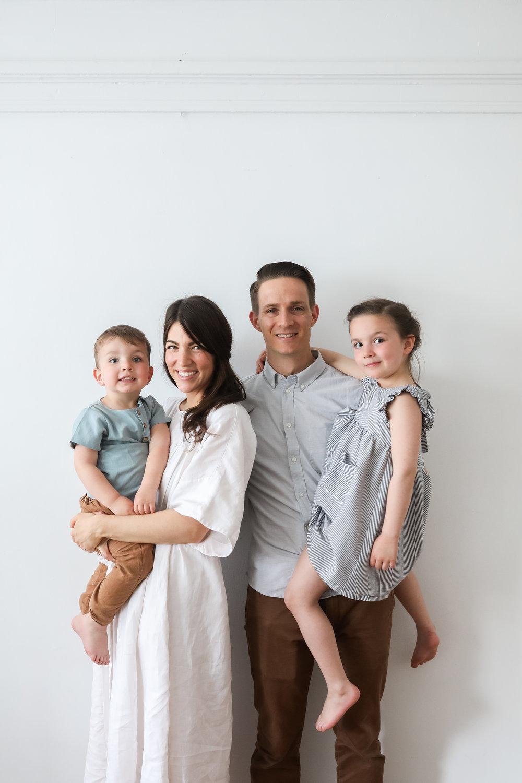 Amanda-Jane-Jones-family-Feminest-Nikki-Ricks.jpg