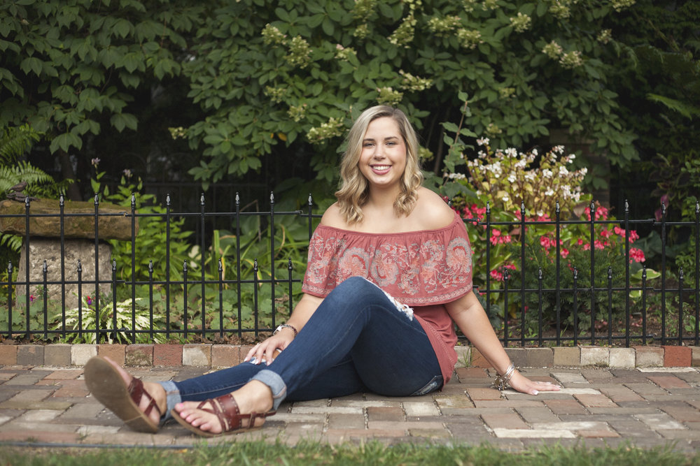 Joswald_Katelyn2018Senior_20.jpg