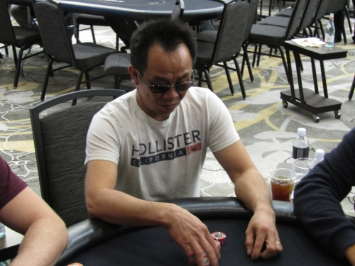 "SEAT 3: DAVID ""THE DRAGON"" PHAM - 620,000"