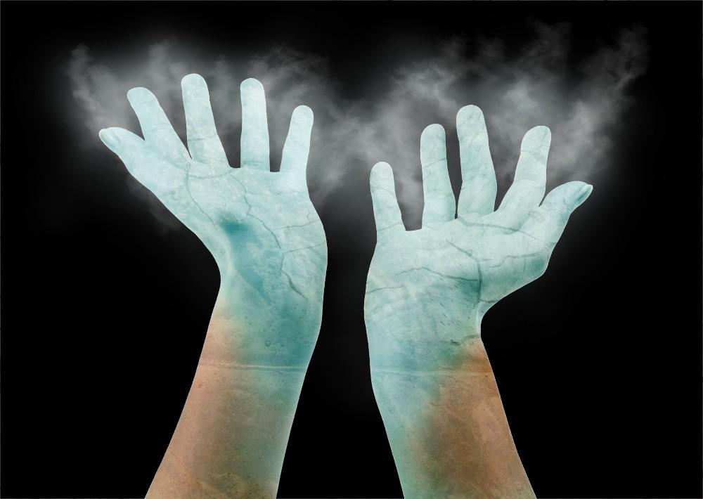 ice_hand.jpg