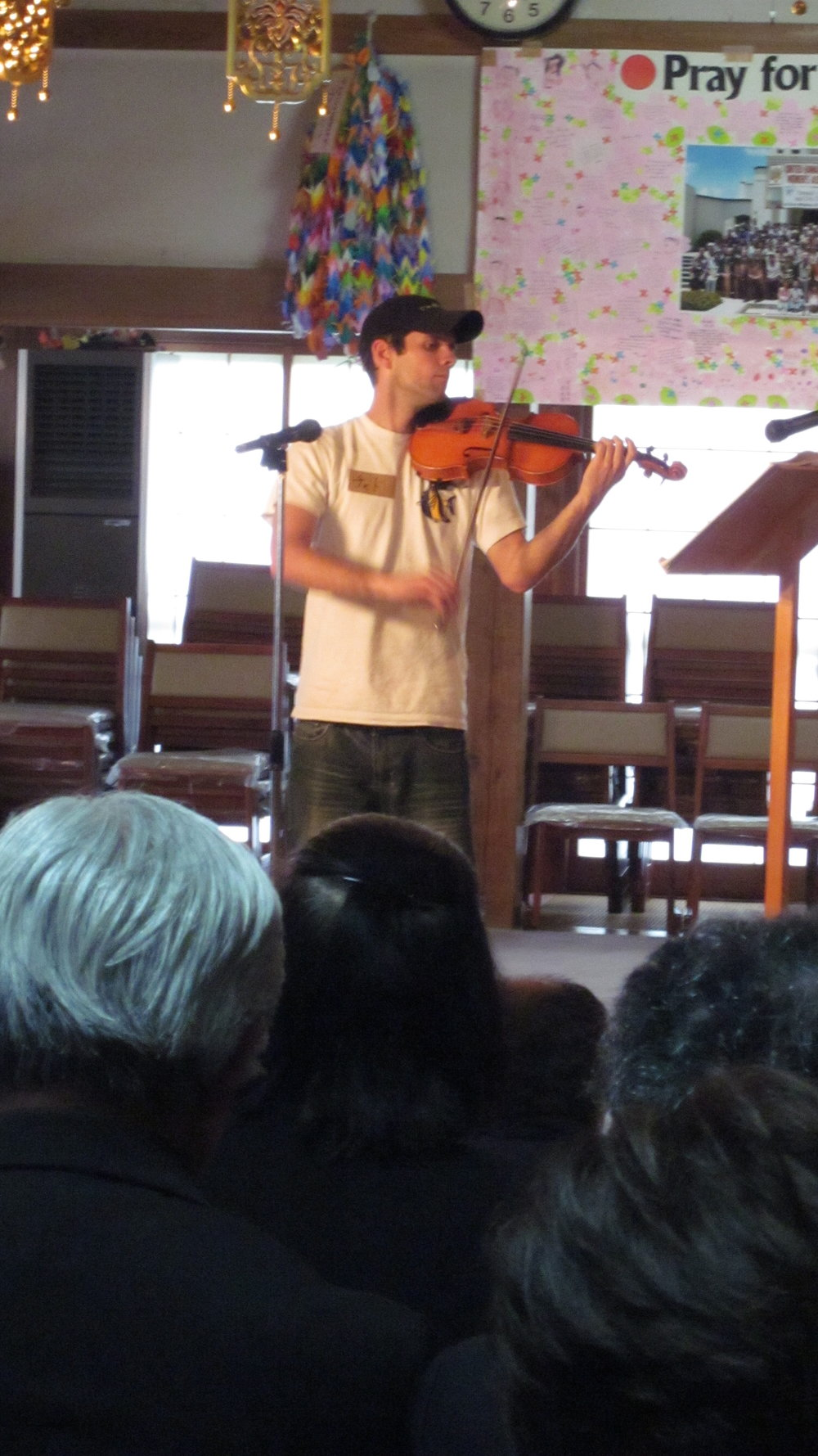 Performing at a funeral at Dougen'in