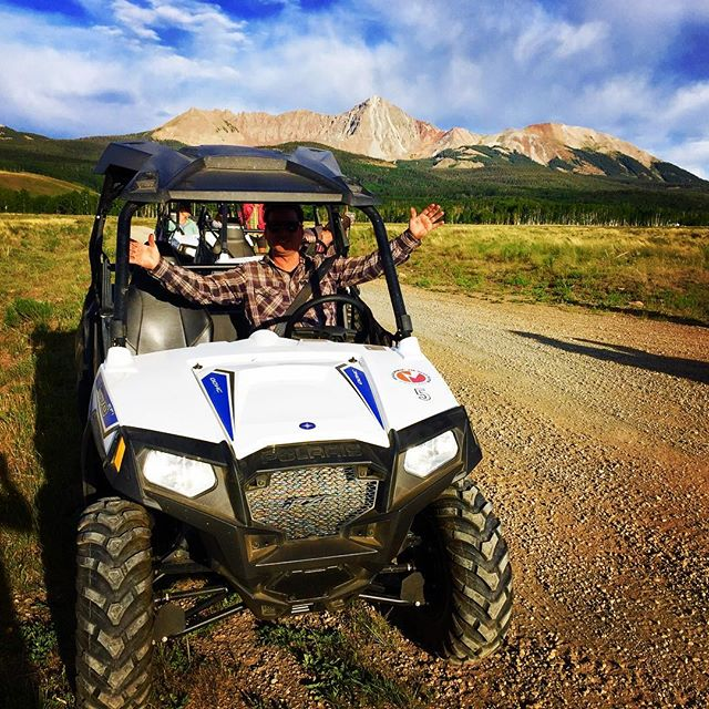 When it's smokey AF in our little box canyon you grab a RZR from @telluride_outfitters and get the hell outta Dodge.  #polaris #rzr