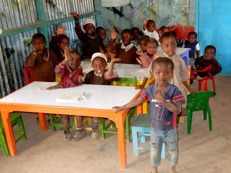 g+15+10-08+classroom+at+sidp+at+maai+mahiu+webs.jpg