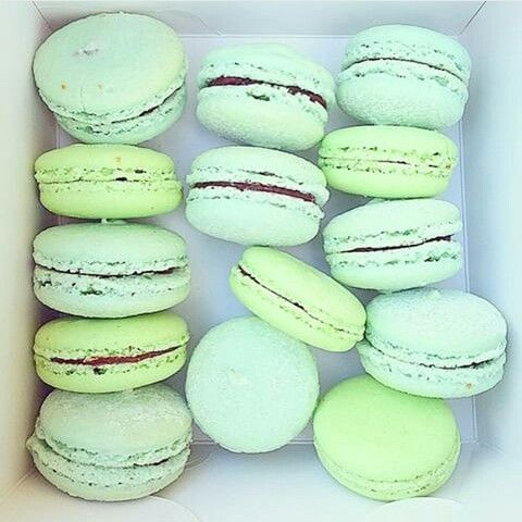 macaroons - lemonade studio