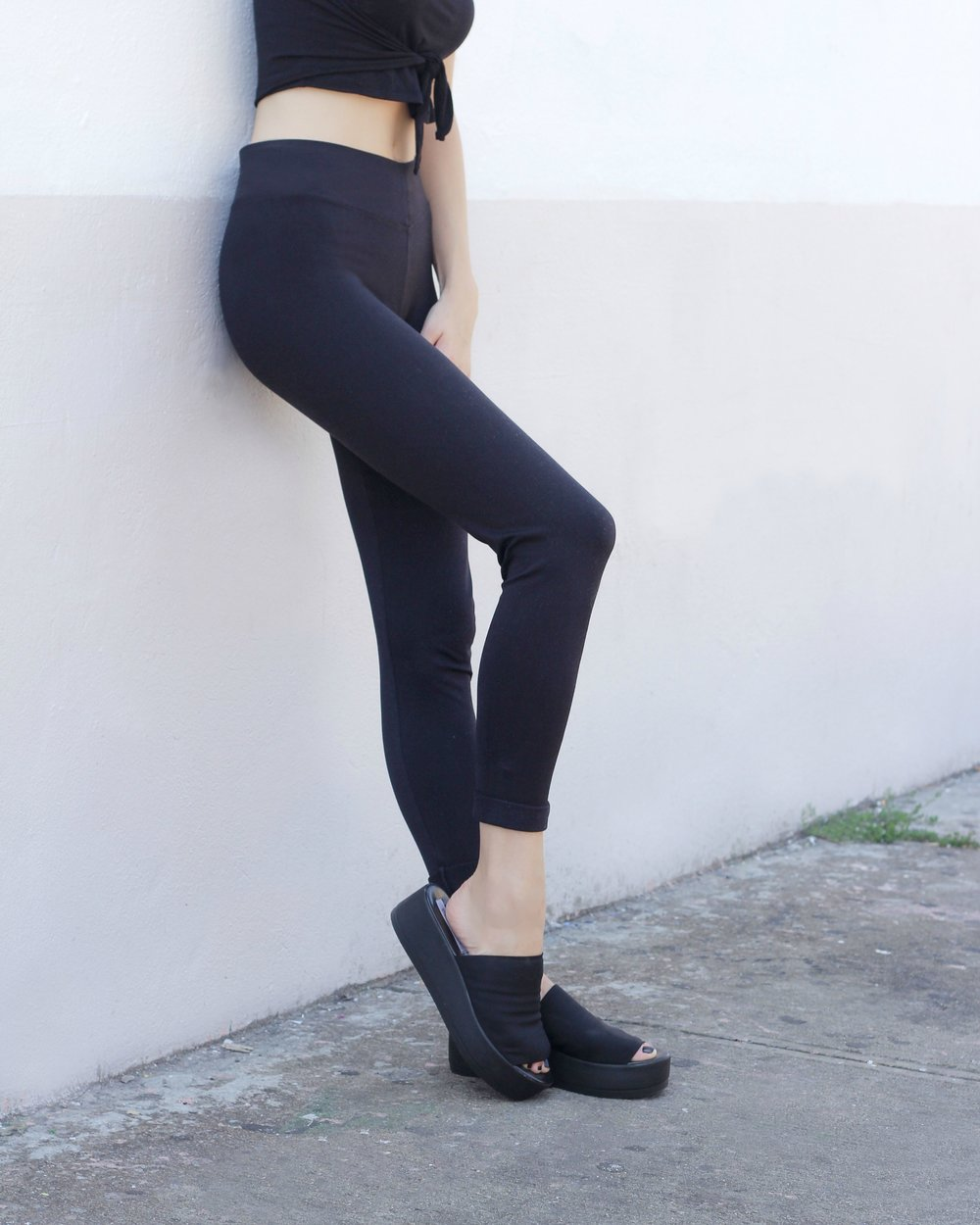 Leather Leggings-1.jpg