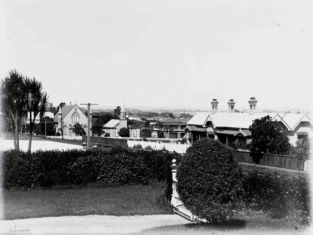 Silver plate portrait of garden and view from Grey Street. Image by sisters Jessie and Eva Bower, teachers at Onehunga School. Image credit: Peter Jenkins. Early 1900s.