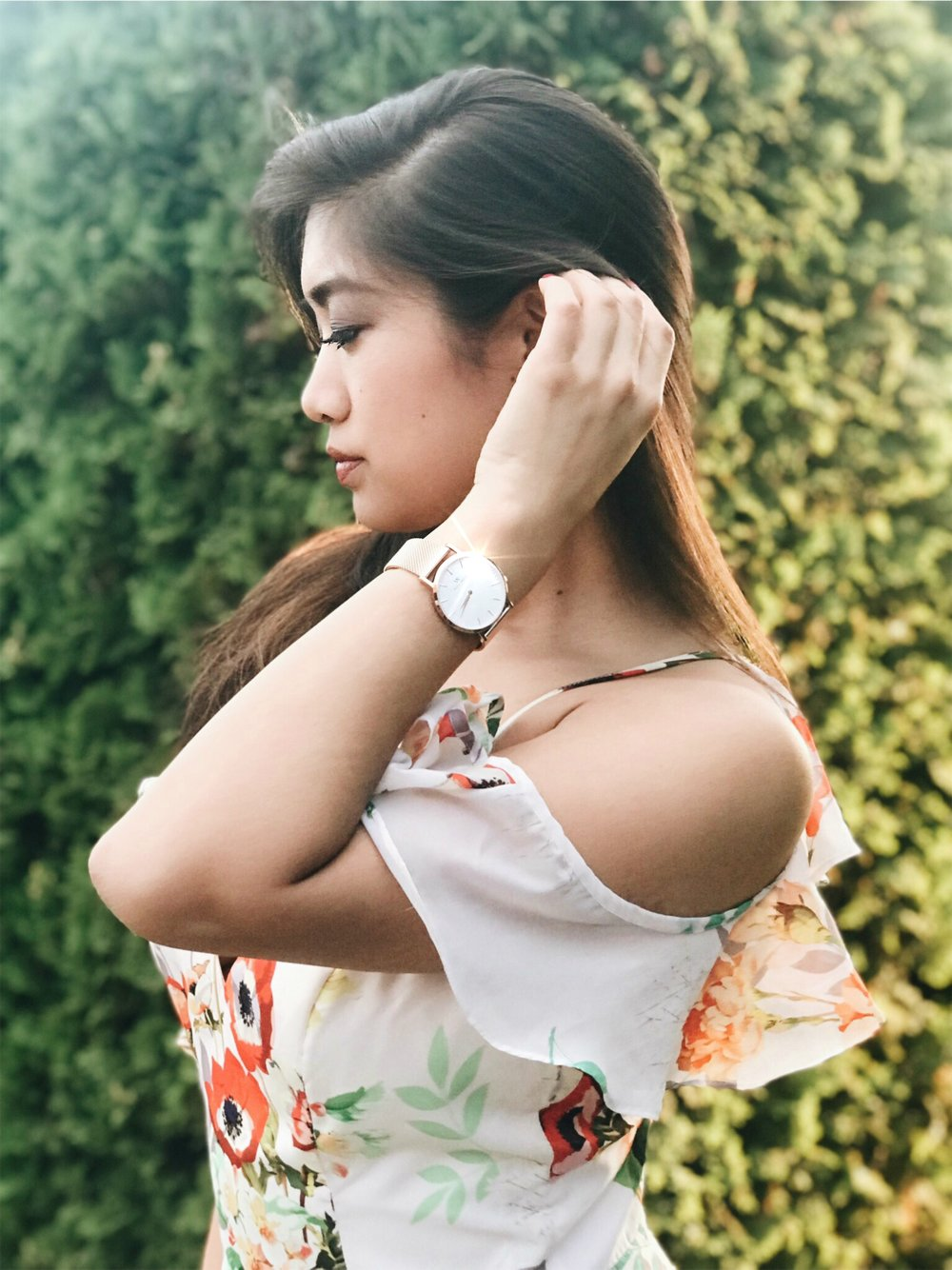I'm wearing the rose gold   'Classic New York'   36 mm watch here in this photo.