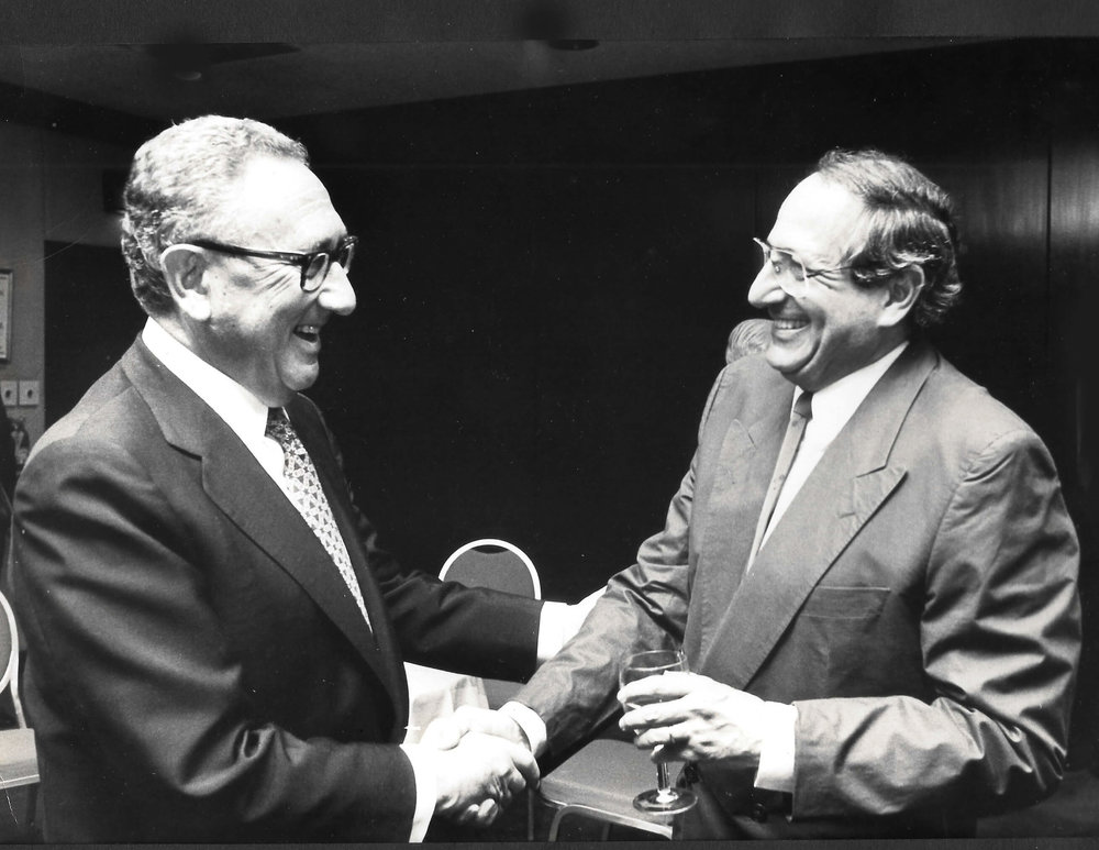 Jose Hess and Henry Kissinger  United Jewish Appeal 1988.jpg
