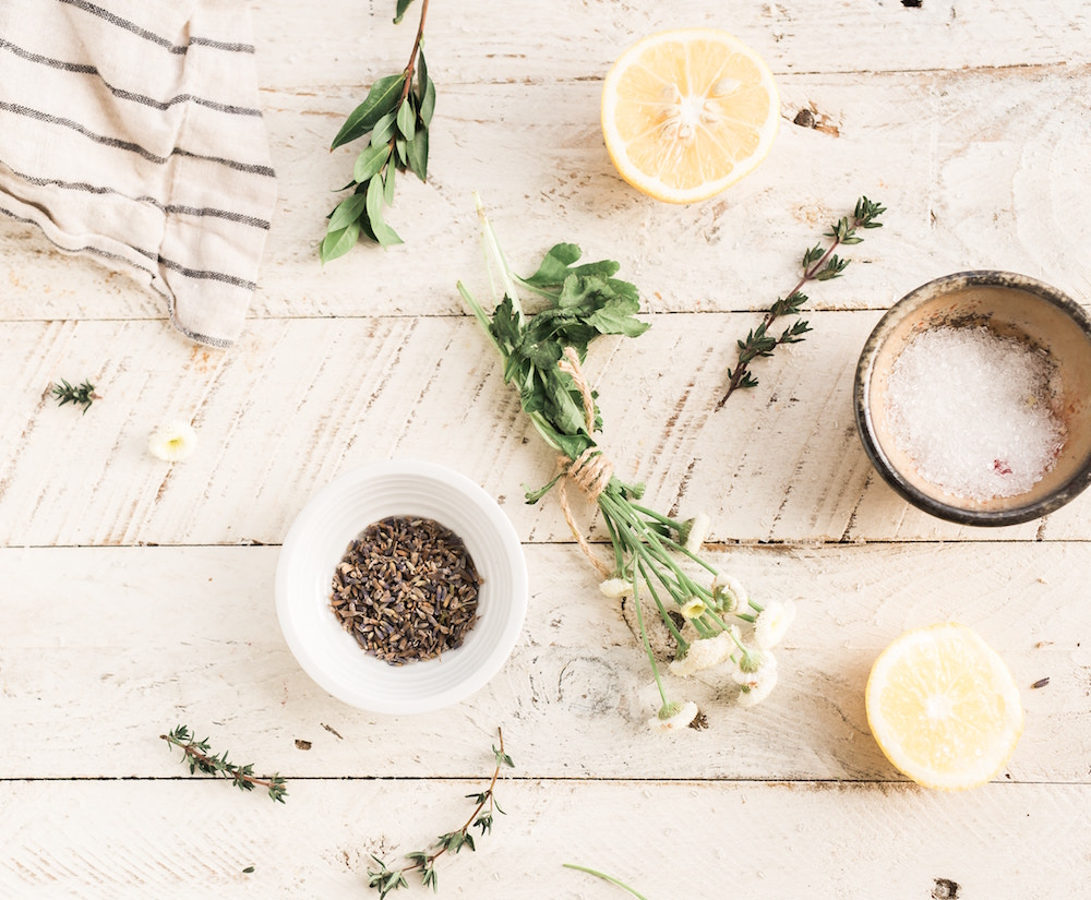 ESSENTIAL OILS - A tribe of conscious women rising together to create abundance within a collaborative business model that empowers and enriches the lives of others.