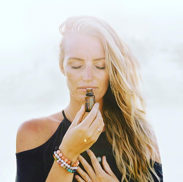 If you haven't been in her presence, get ready to be mesmerized by this woman • If there was ever anyone who could share the oils in a way that will blow your mind.... it is Tara • I have had so much interest from women asking about essential oils that we are considering flying her down to run a few events in Sydney next week (evening + daytime) • If you're interested in coming along comment below or DM me and I'll personally send you the details when we confirm • And we get to hang out as well, which is always awesome #lovemytribe • Babies are so welcome mumma's if you want to come to a daytime event - but it's also nice to have a night off mumma duty #thankshubby  and do something for yourself ❤️
