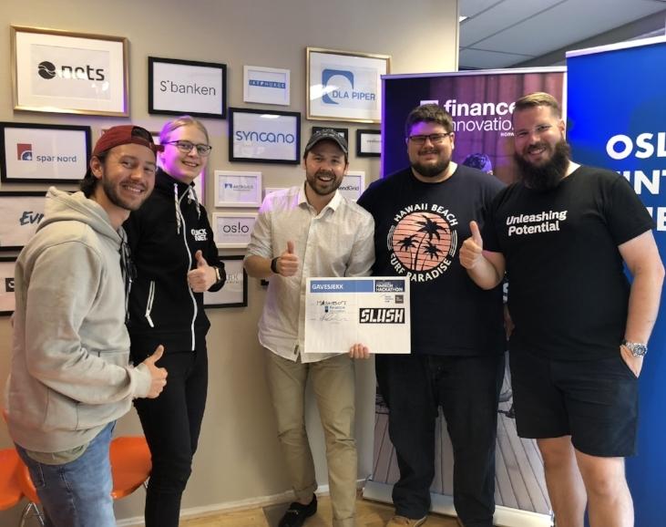 Winning team Meshbot: Bjorn Reitzer, Alex Ornberg, Sebastian Rundqvist, Markus Tenghamn with mentor Janne Uggedahl from Nordea.