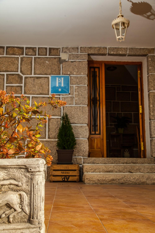 entrada.hostal.2.jpg