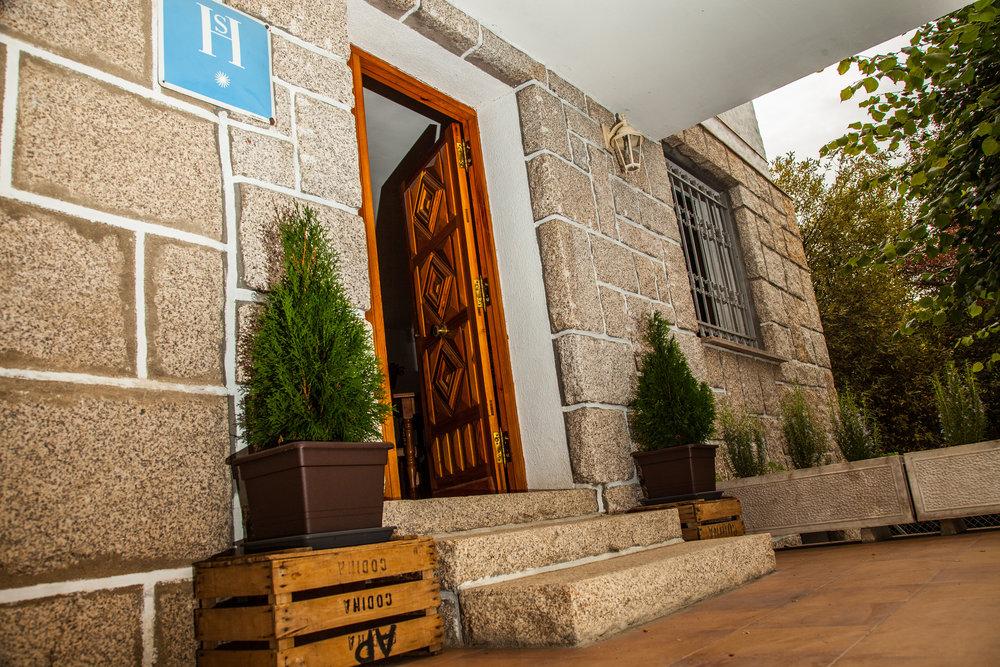 entrada.hostal.5.jpg