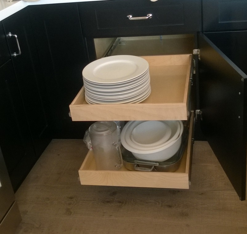 Heavy dishes  and glassware? No problem...OUR PULLOUT SHELVES HOLD UP TO 100 lbs