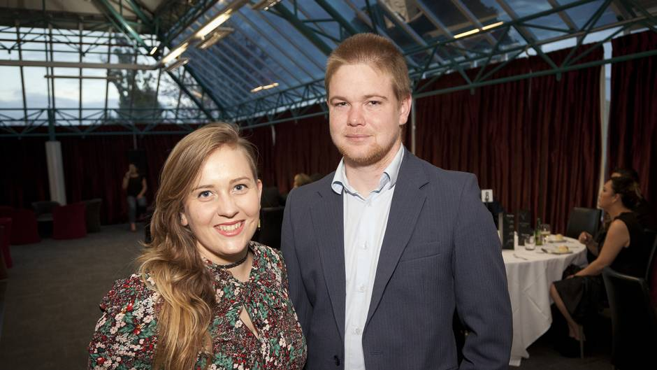 (l-r) Erin Taylor and John Gibson. Fundraising dinner for the homeless at BOP Polytechnic.  Photo/Andrew Warner