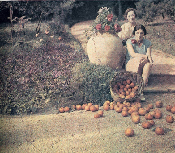 Bibi & Germaine Chalom, Cannes, 1927