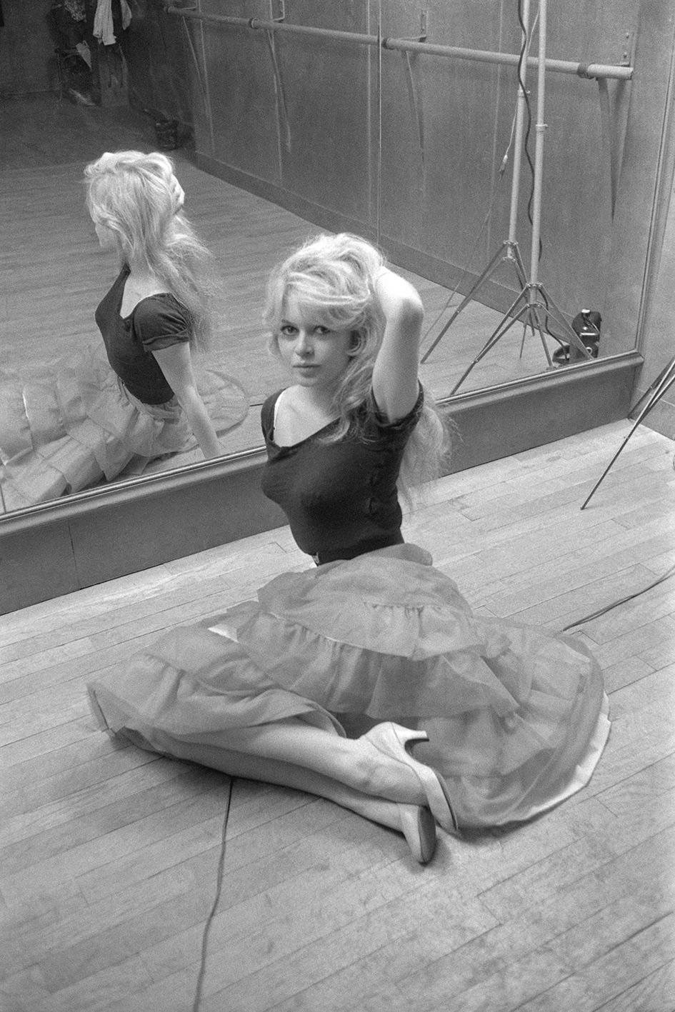 Brigitte Bardot, Académie de Danse, Paris, 1956