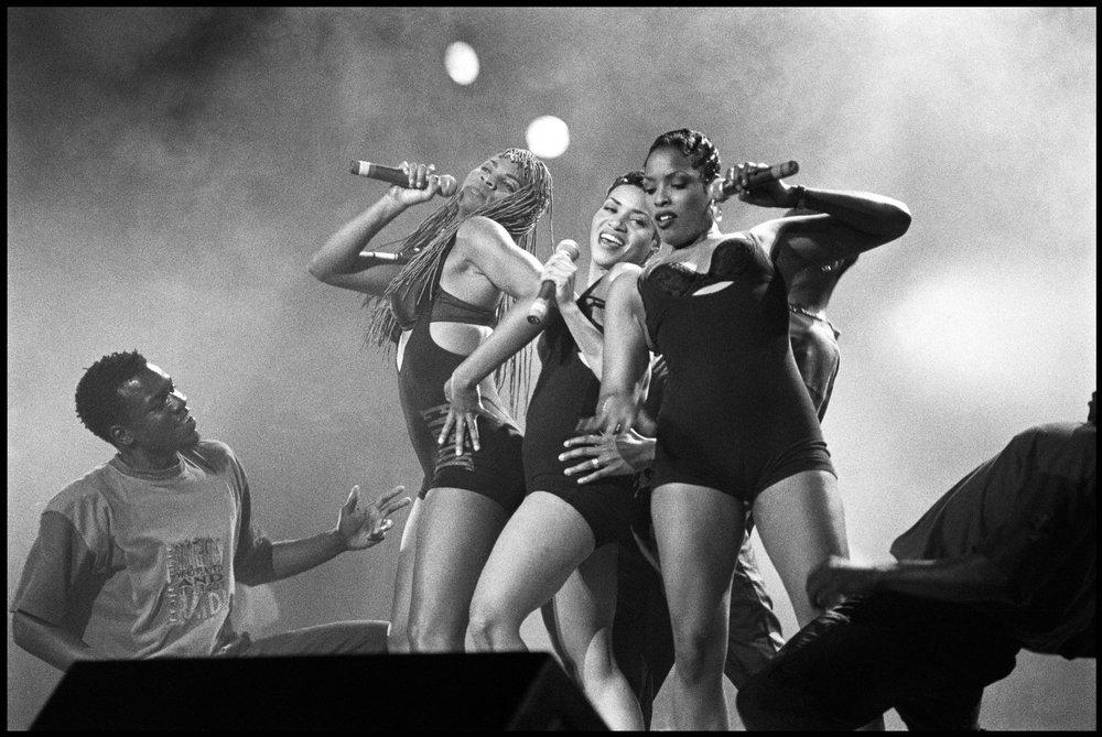 Salt 'n' Pepa performing at Radio City Music Hall, NYC on 27 May 1994