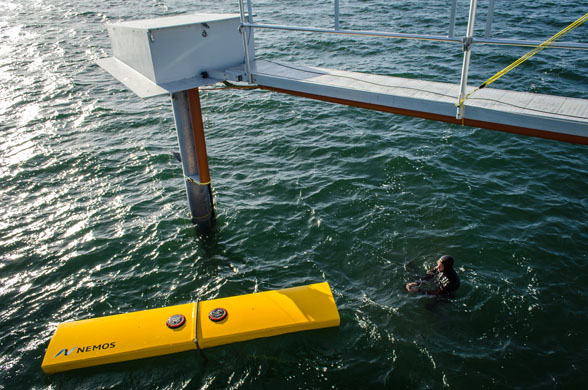 - The test of a 1:5 scaled prototype which took place in Denmark`s Limfjord from July to October finished successfully. The new tower, the automatization of the system and all components of the rope kinematic system proved to be robust and reliable. Particularly noteworthy is the verification of the PTO efficiency of up to 80%, - this is unique in wave energy!