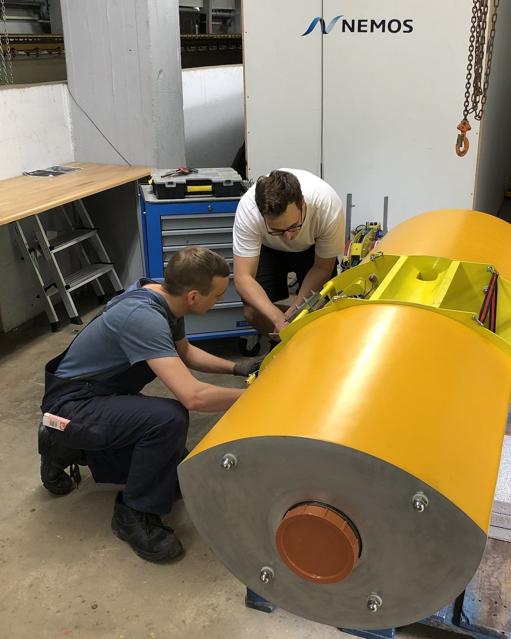 - After intense weeks of development and manufacturing, the NEMOS team successfully tested the first scaled model of the next generation wave energy converter (WEC) under realistic environmental conditions. This model features a 1:3 scale relating to the planned NEMOS Ostend WEC. After initial tank tests at the DST Duisburg the model was deployed at the NEMOS nearshore test site at Nissum Bredning in August.This next generation WEC features advanced solutions, especially for the integration of the power take-off (PTO) components. Here, several approaches were successfully developed and tested. These developments are showing that the new concept works without the tower infrastructure that was required for the previous design. Based on the knowledge gained out of the test campaigns in the tank in Duisburg as well as the nearshore tests in Denmark, the concept is now finalized for deployment in Ostend in larger scale.The NEMOS team is especially proud that the test campaign in Denmark worked out as a smooth out of the box run. Returning from the trip, the test crew reported that the setup functioned as planned in a plug-and-play manner. Without incidents, the required tests were performed with high efficiency within a few days.