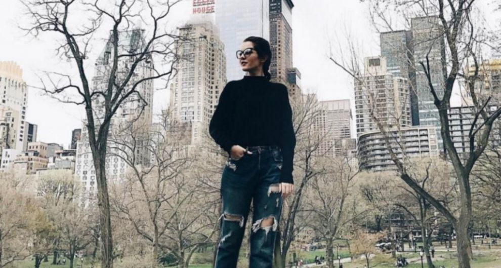 MEET THE IRISH GIRL BEHIND TEEN VOGUE'S SOCIAL MEDIA  When most of us were in school reading  Alive O, the oddity of working on the internet as a 9-5 was, quite simply, a notion...READ MORE