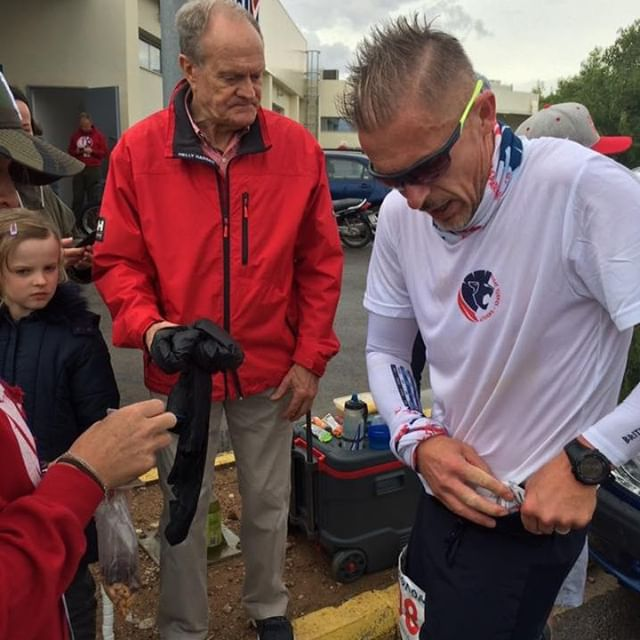 #ThrowbackThursday Our R&D guy @worldofjames running for Team GB at #Spartathlon in September this year. James is pictured here stuffing some Peak Pinole Ultra Bites into his belt at the marathon distance with some 127 miles to go. Photo courtesy of Tori Flear  #ultramarathon #pinole #running #continuethelegacy