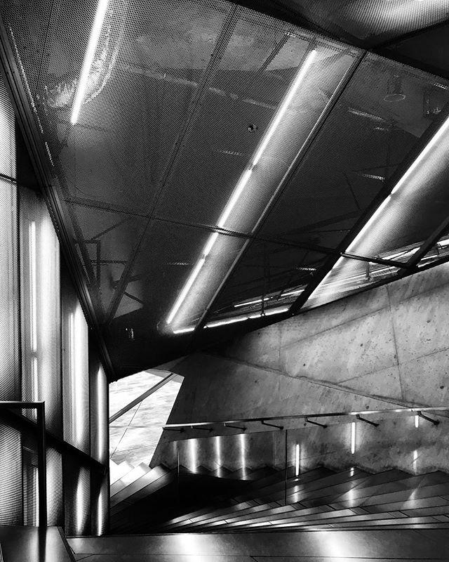 #porto #metal #interior