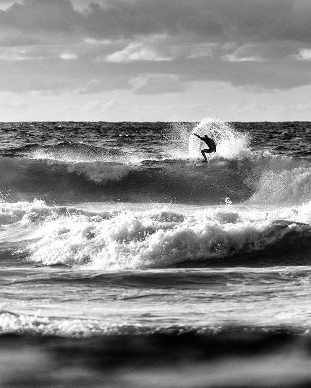 #closeouts and #windchop on #ENE #winds.... . . . #surf #beach #beachpark #surferphotos #ehukaibeachpark