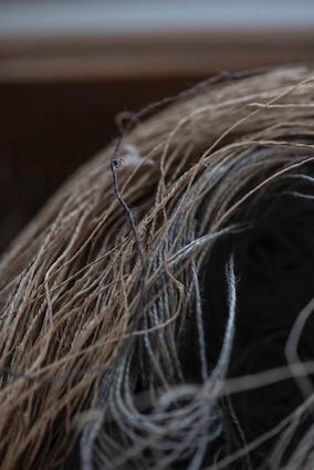 Linen threads