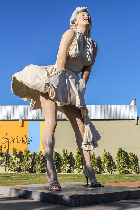 The 26-foot-tall Forever Marilyn statue