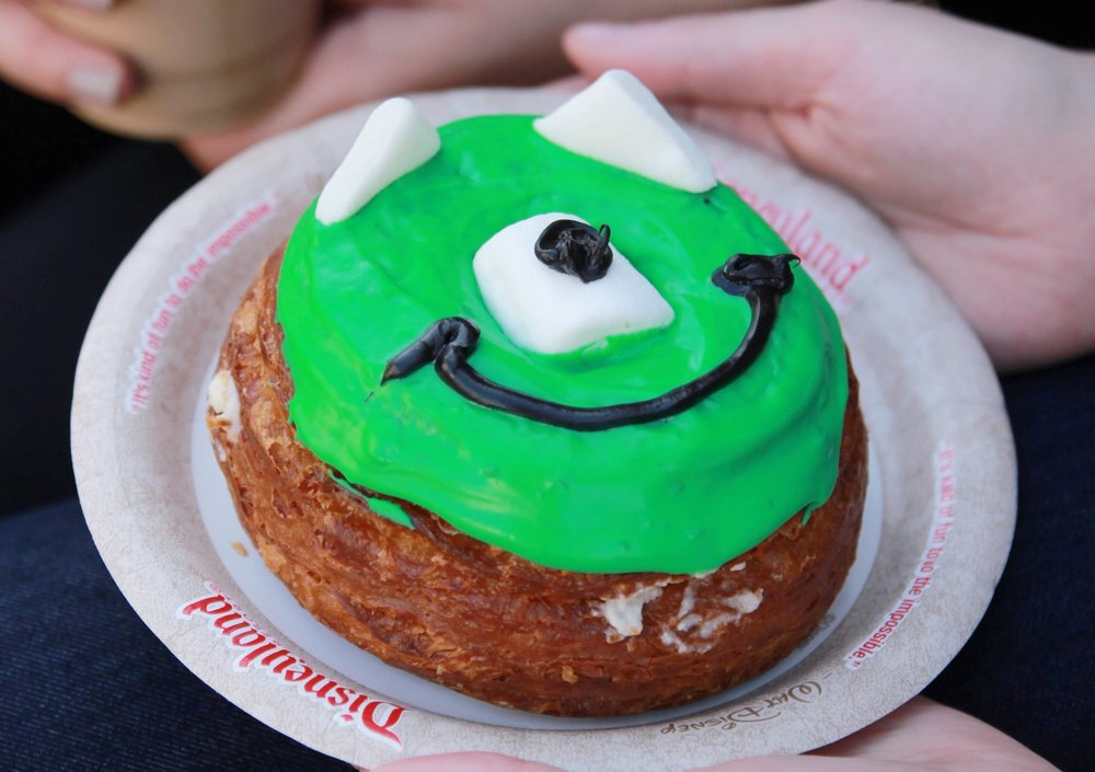 Monstermallow Cronut