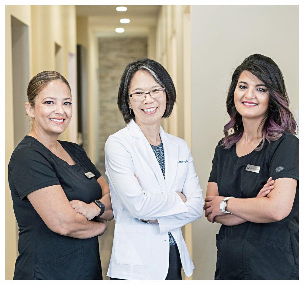 Rosemont_Smile_Dental_staff2.jpg