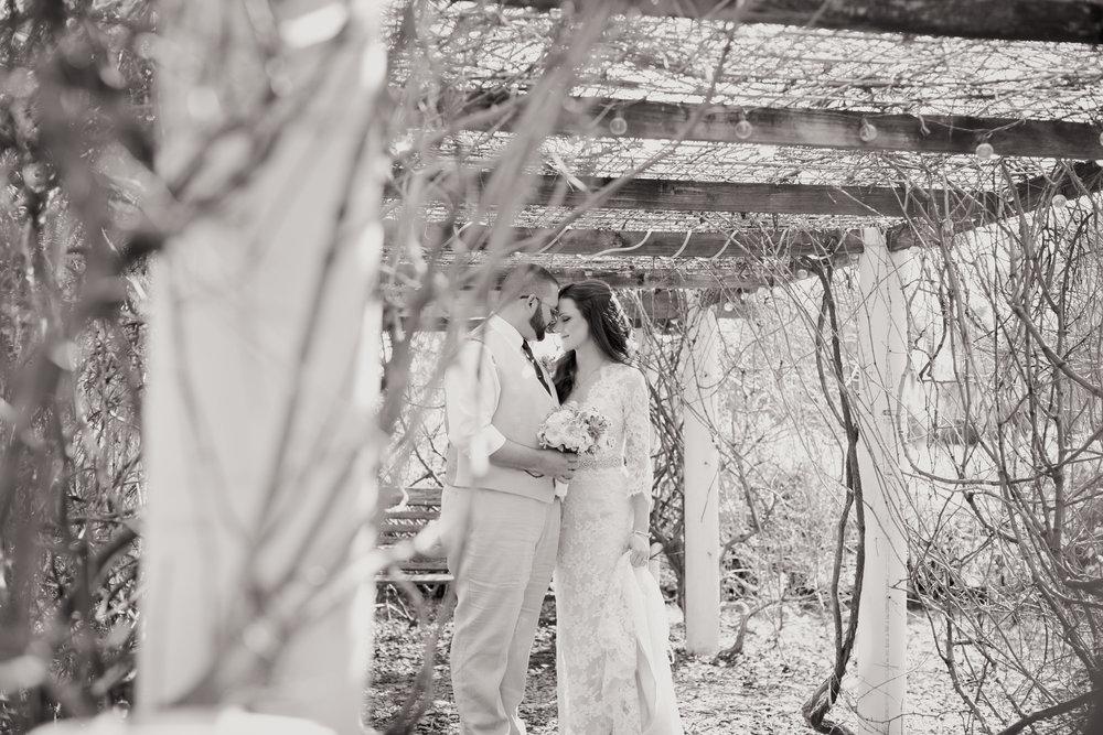 Megan & Derek-0805.jpg