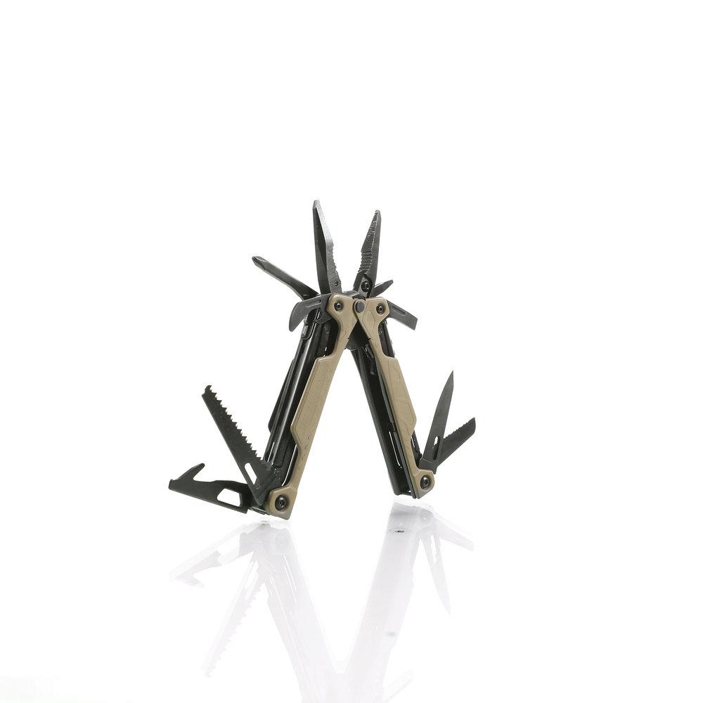 KNIFE-01-00015.jpg