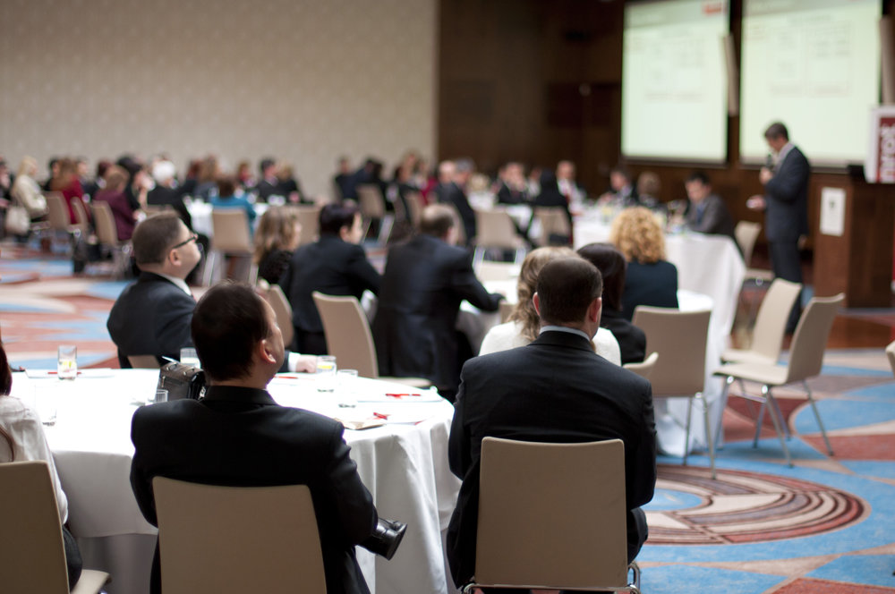 graphicstock-indoor-business-conference-for-managers_SRQNGckoW-.jpg